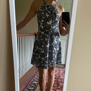 Express black and white floral Size 0 dress